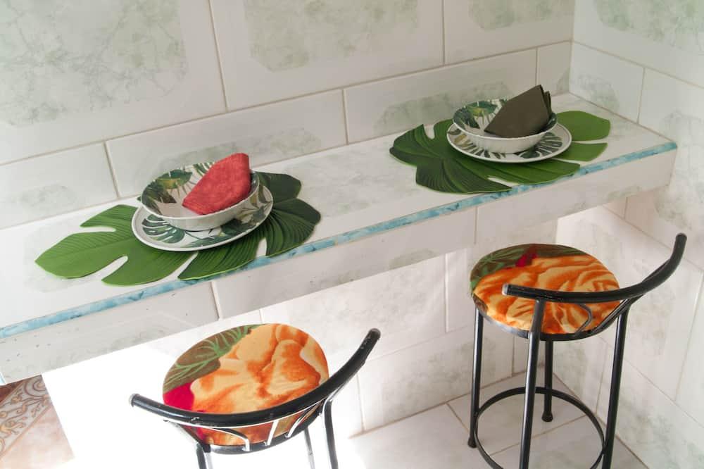 Habitación Deluxe - Servicio de comidas en la habitación