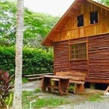 Picture of Congos Hostel & Camping in Playa Hermosa