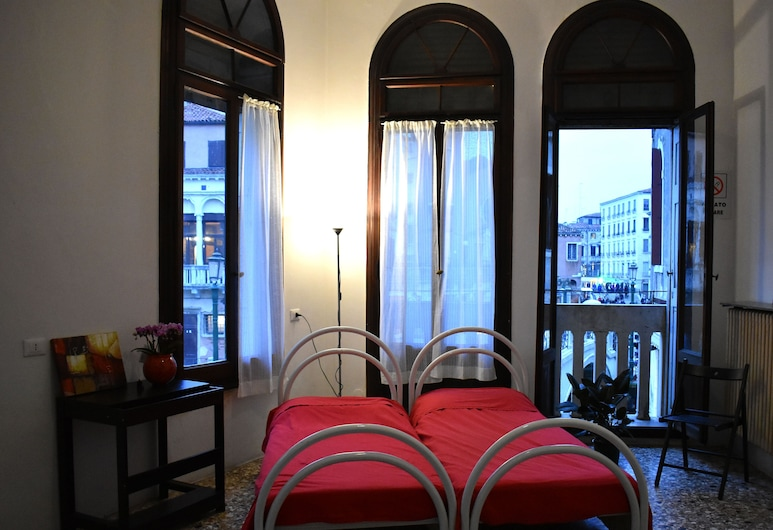 Veniceluxury, Venice, Economy Double or Twin Room, Shared Bathroom, Guest Room
