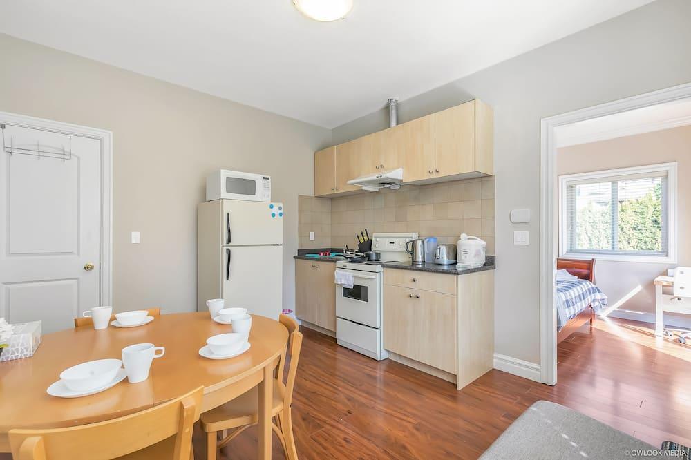 公寓, 2 間臥室, 廚房 - 客廳