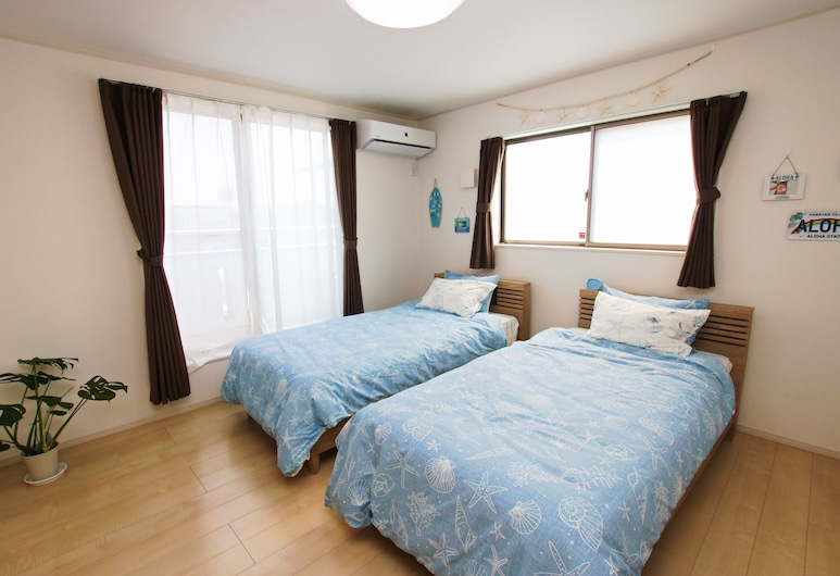 Double Smile, Yomitan, Hus (Private Vacation Home), Rom