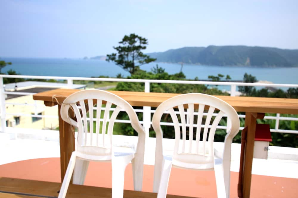 Private Vacation Home - Balcony View