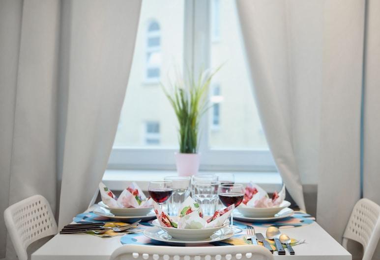 Little Home - Chmielna 24, Warszawa, Lägenhet Classic (24/6), Vardagsrum