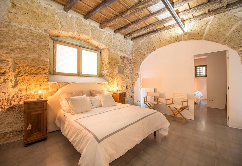 Stylish house in front of Casa Professa, Palermo, Appartamento, 2 camere da letto, Camera