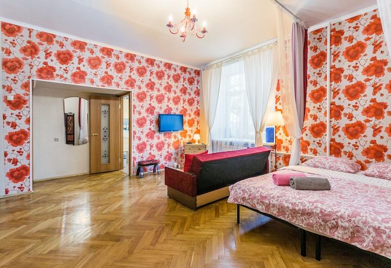 Apartment on Goncharnaya Naberezhnaya, Moskva