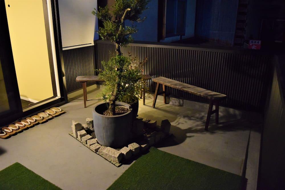 Kambarys (Sennari) - Balkonas