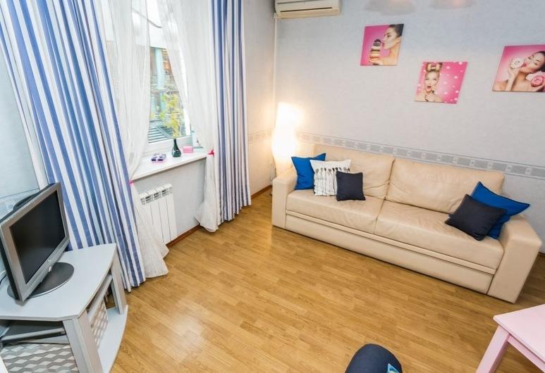 Apartment on Staryi Tolmachevskiy, Moscow, Apartment, Room