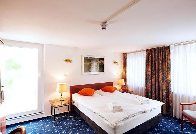 Ring Hotel, Wiesbaden, Guest Room