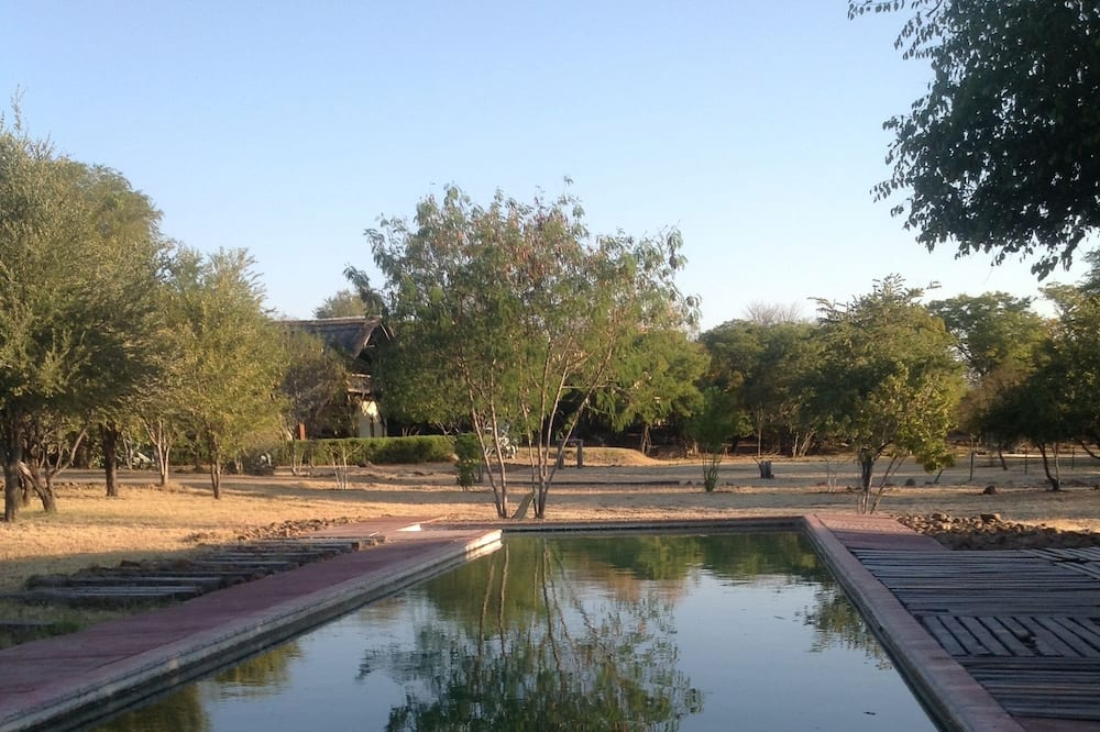 Livingstone Guest Farm