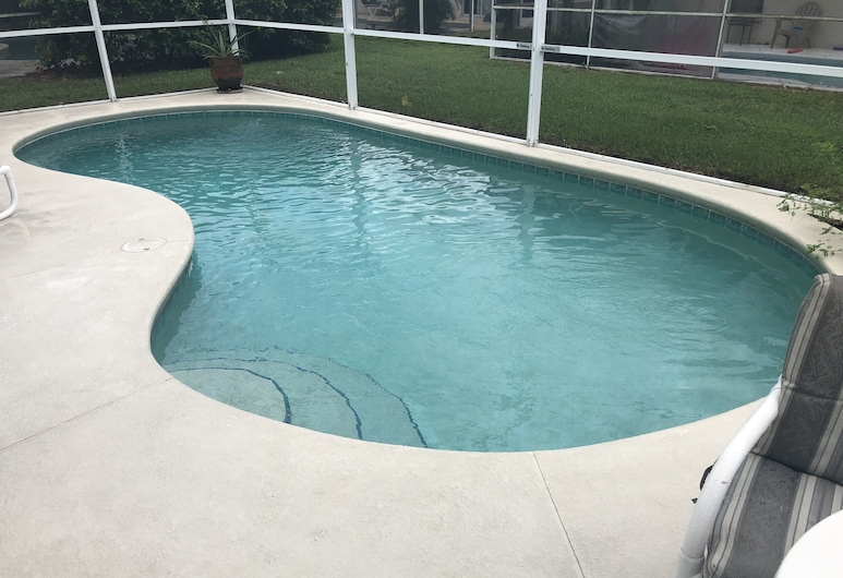 Cozy 3 Bed Home with Private Pool in Disney Area WN156BL, Davenport, Basen