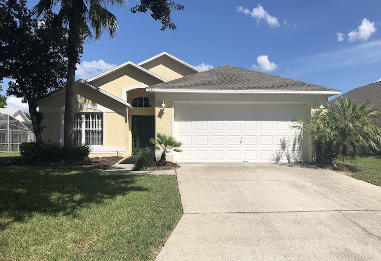Cozy 3 Bed Home with Private Pool in Disney Area WN250GL, Davenport