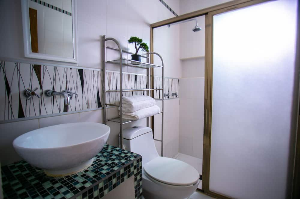 Family House, 2 Bedrooms - Bathroom