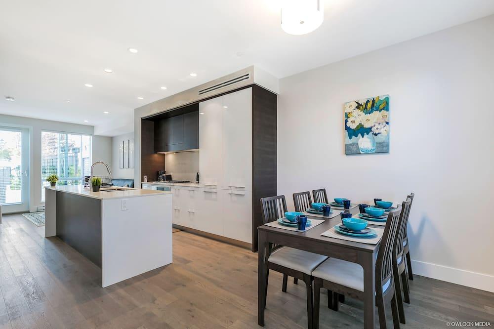Apartmán, 3 ložnice, kuchyně - Stravování na pokoji