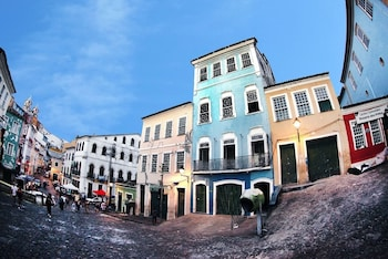 Enter your dates for special Salvador last minute prices
