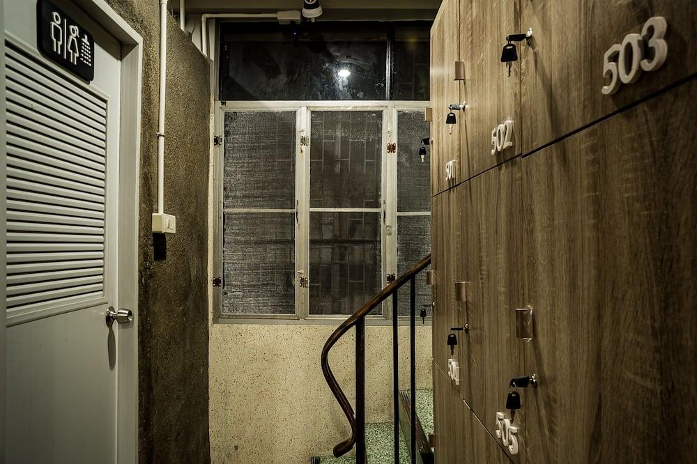 12-Bed in Mixed Dormitory 3-Floor - Kúpeľňa