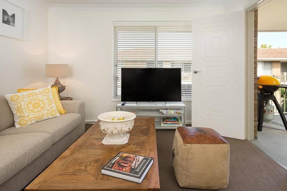Talo, 2 makuuhuonetta - Olohuone