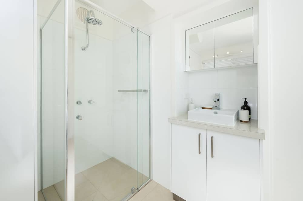 Talo, 2 makuuhuonetta - Kylpyhuone