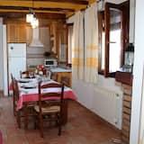 Appartement, 2 slaapkamers, terras, uitzicht op bergen - Woonkamer