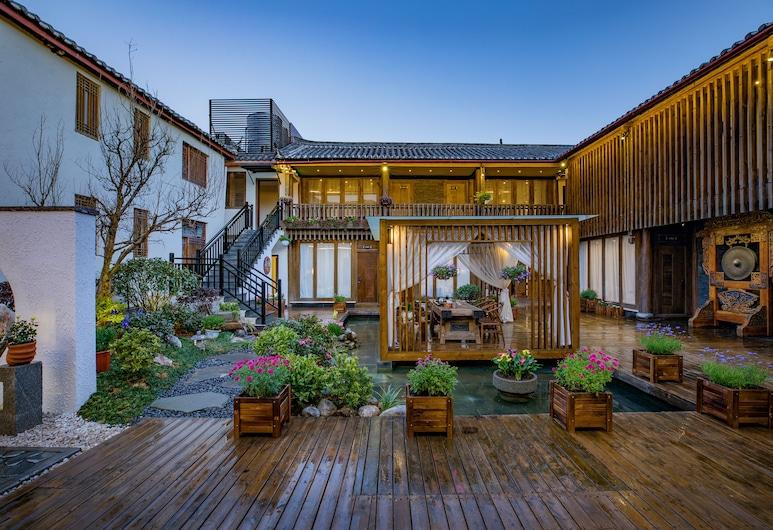 Li Jiang Tang Feng Yard No.5, Lijiang, Hotellets facade
