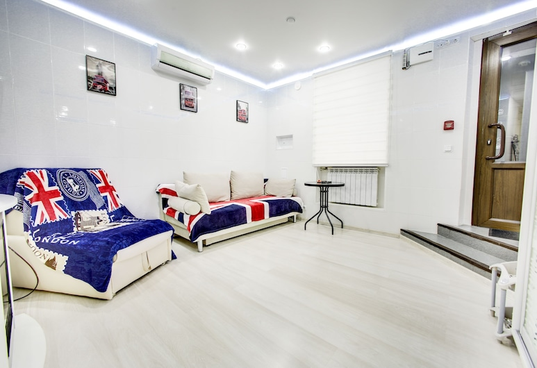 Apartment near St. Isaac's Cathedral, סנט פטרסבורג