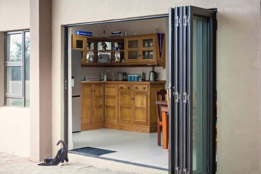 Soba, zajednička kupaonica (3) - Zajednička kuhinja