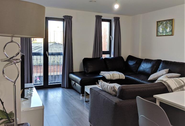 Apartment in Parliament Brewery Village, Liverpool, Economy Apart Daire, Oturma Odası