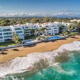 Premier Condo, 3 Bedrooms, Sea View - Beach