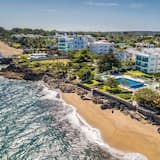 Luxury Condo, 2 Bedrooms, Sea View - Beach