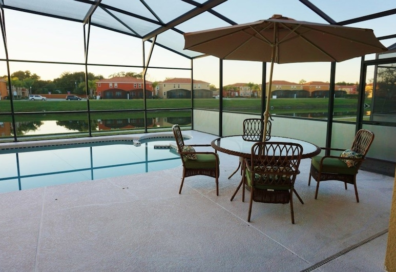Bella Vida Resort by CozyKey, Kissimmee, Front of property