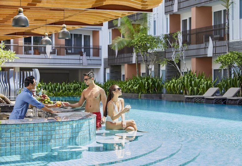 Fairfield by Marriott Bali Kuta Sunset Road, Kuta, Poolside Bar