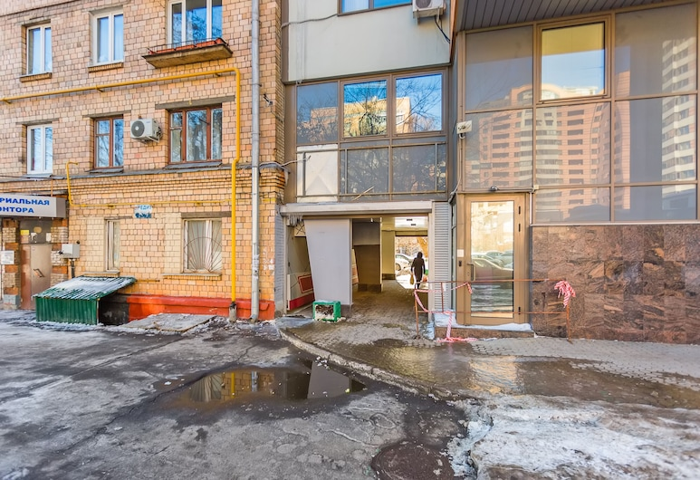 Apartment on Komsomolsky Prospekt 34, Moscow, Front of property
