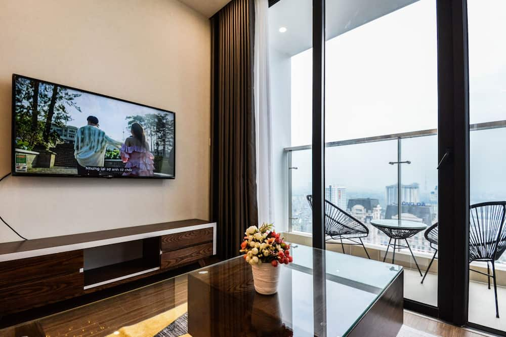 Luxury Apartment, 3 Bedrooms, City View, Tower - Living Room
