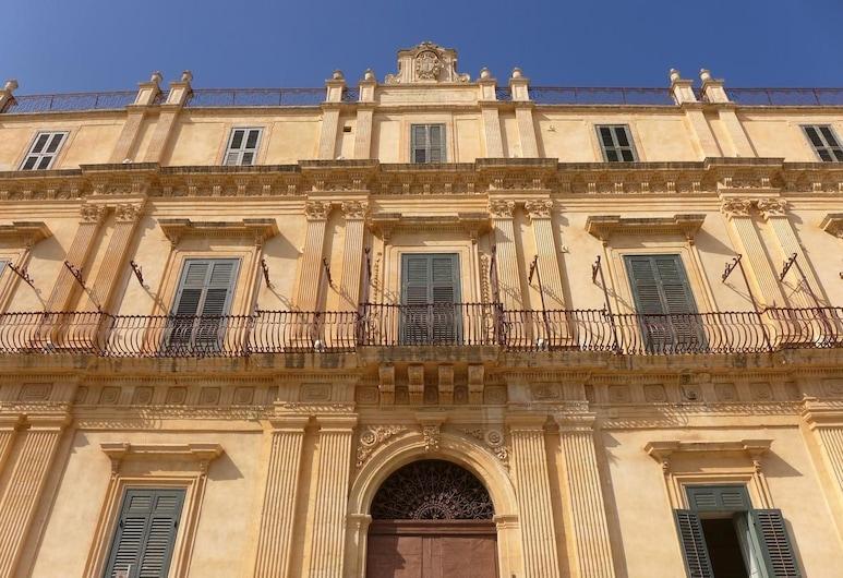 Landolina Palace, Noto