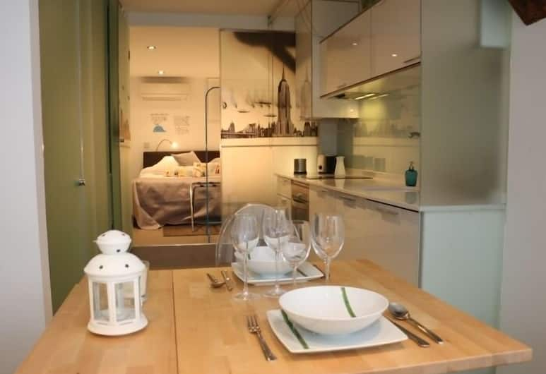 Royal Palace Studio , Madrid, Studio, Ground Floor, In-Room Dining
