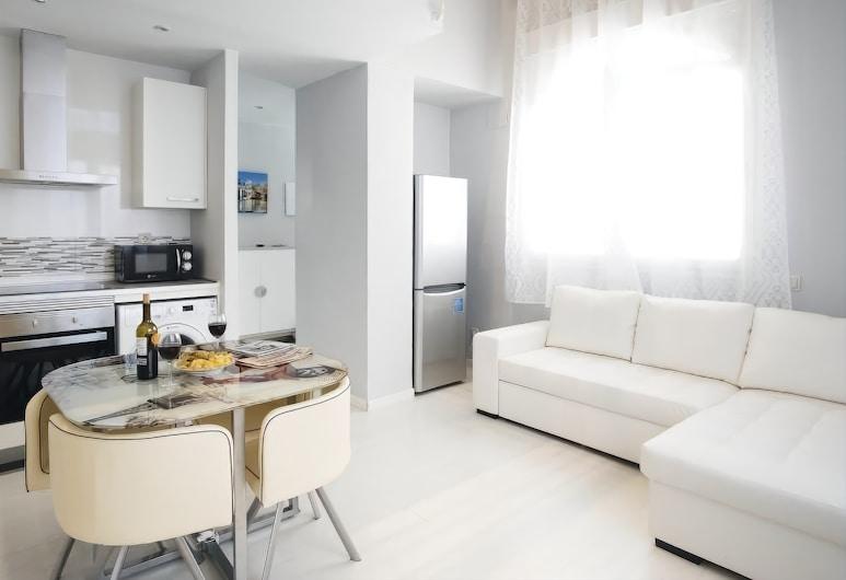 RETIRO Apartment II, Madrid, Apartment, 1 Bedroom, Living Area