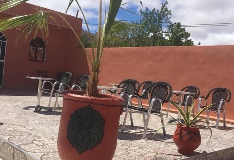 Camping La Vallee de Tarsouate, Tarsouat, Terraza o patio