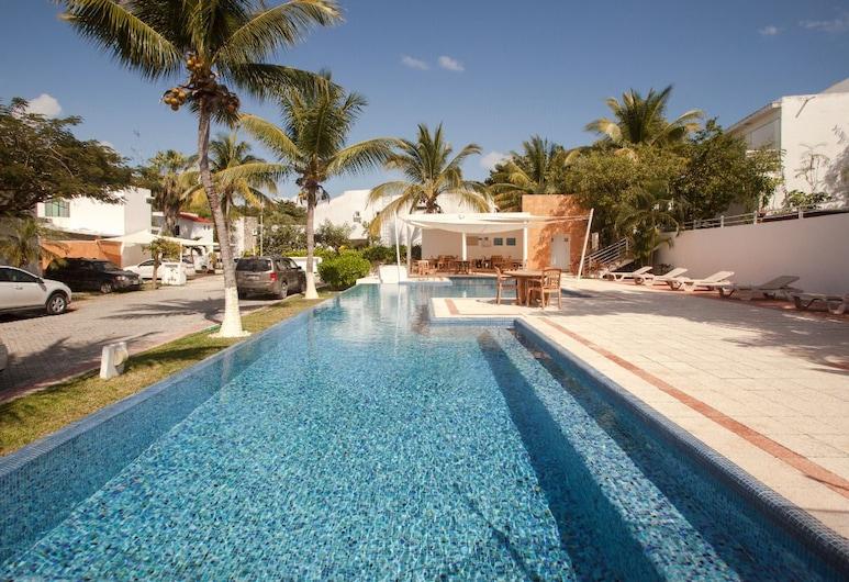 棕櫚民宿, 卡曼海灘, 室外游泳池