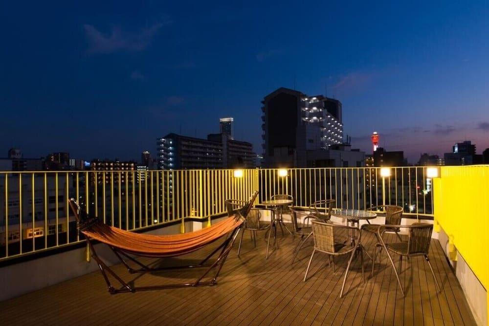 Women Only Dorm Single Bed - Balcony