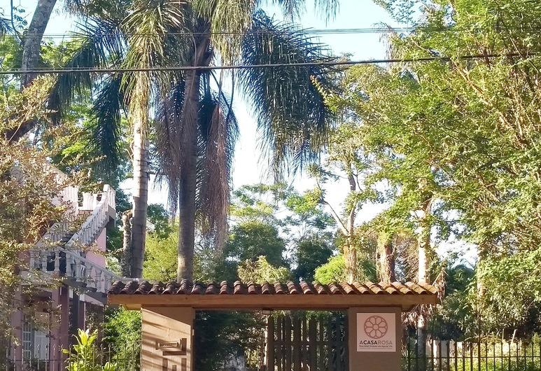 ACasaRosa Hostel, Praia Grande, Hotellin julkisivu