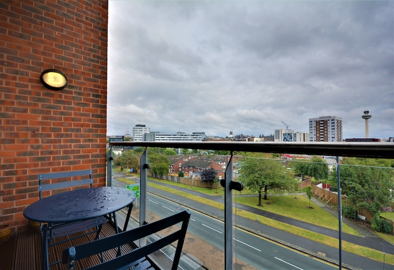 The Reach, Liverpool, Family Apartment, Terrace/Patio