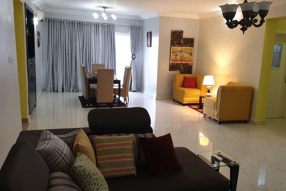 Apartment, 3 Bedrooms - Ruang Tamu