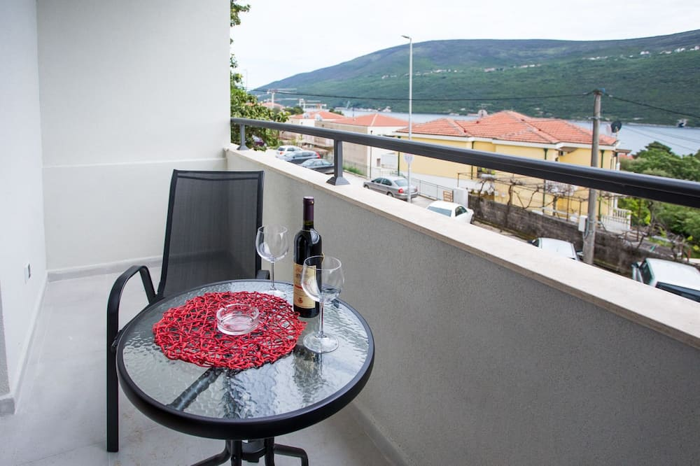 Deluxe Triple Room, Bay View - Balcony View