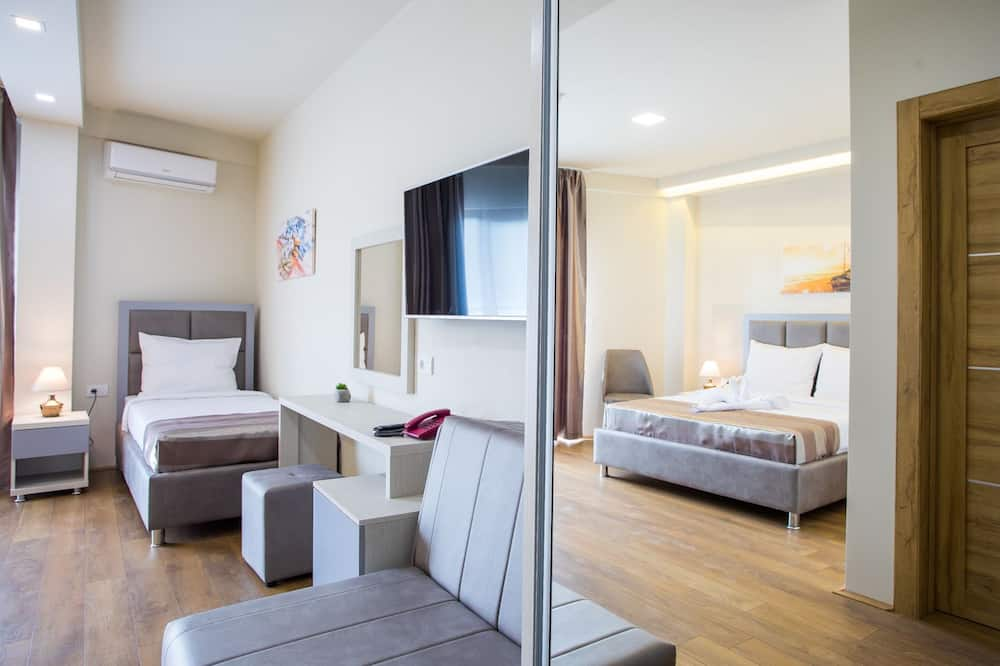Deluxe Triple Room, Bay View - Guest Room