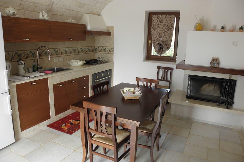 Rodinný apartmán, 2 ložnice, nekuřácký, výhled na vinici - Obývací prostor