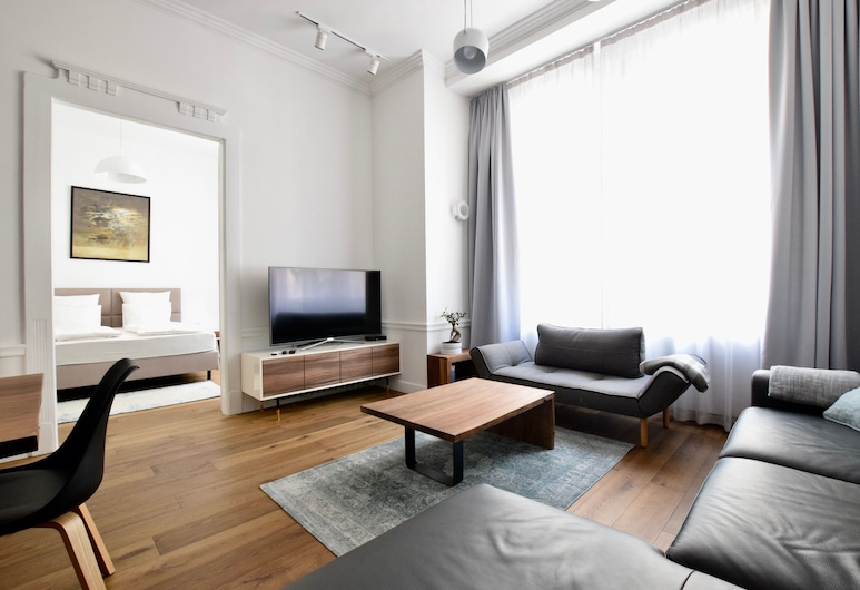Luxury Apartment by Hi5 - Zichy Suites, Budapest, Apartment, 2 Bedrooms (94), Living Area