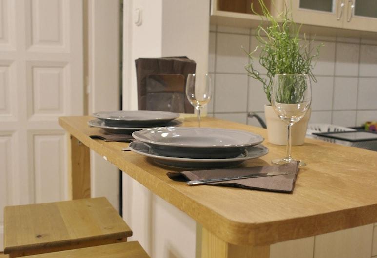 Budget Apartment by Hi5 - Hold Street, Budapešť, Štúdio, Stravovanie v izbe