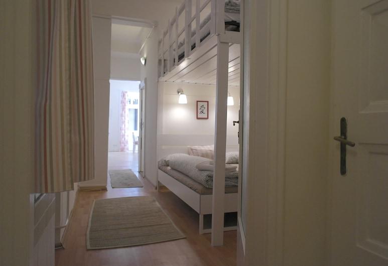 Budget Apartment by Hi5 - Veres Pálné, Budapest, Leilighet, 1 soverom, Rom