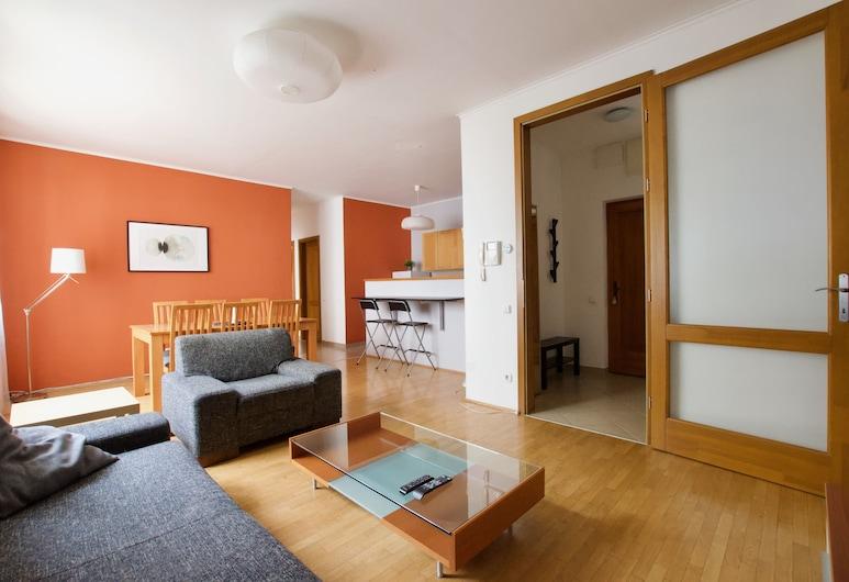 Standard Apartment by Hi5 - Kazincy 52., Budapest, Lejlighed, 2 soveværelser, Opholdsområde