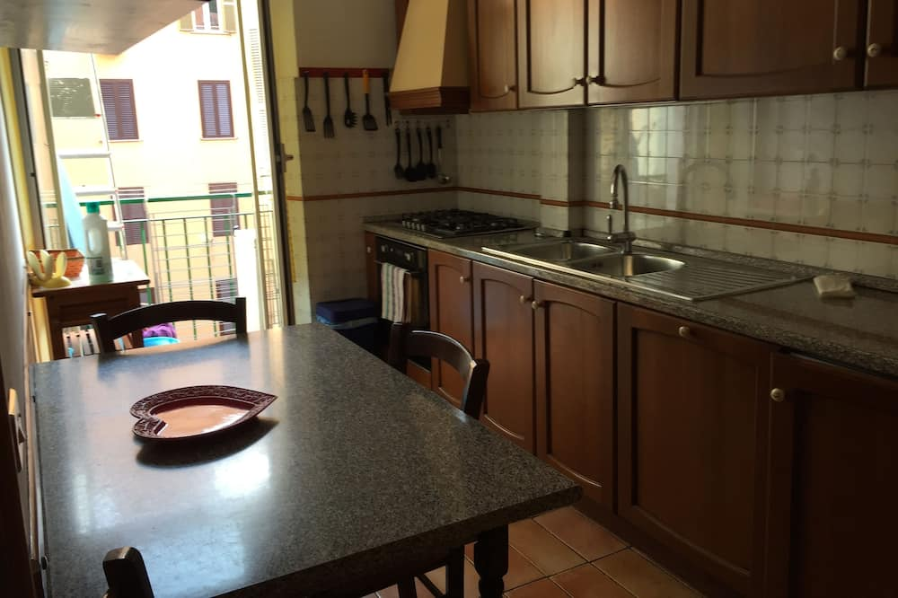 Comfort Triple Room - Shared kitchen