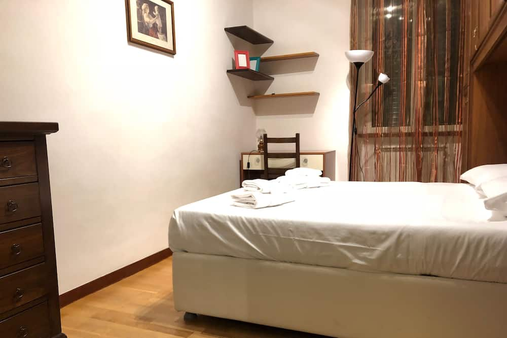 Economy Double Room, Shared Bathroom - Guest Room